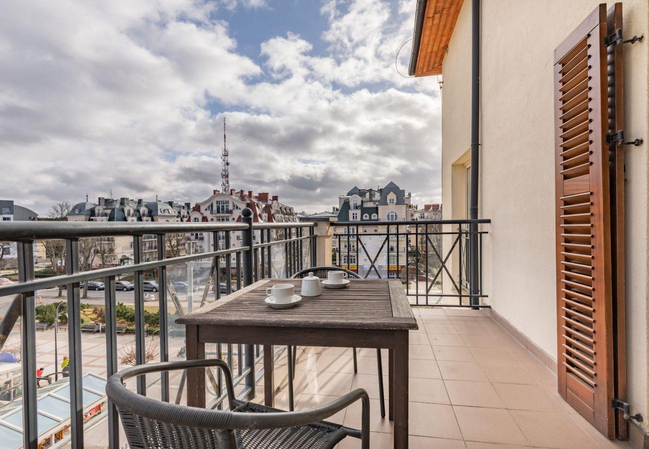 Ferienwohnung, Miete, Apartment, Balkon, Aussicht, Gartenmöbel, Kaffee, Promenade, Baltic Park, Swinemunde