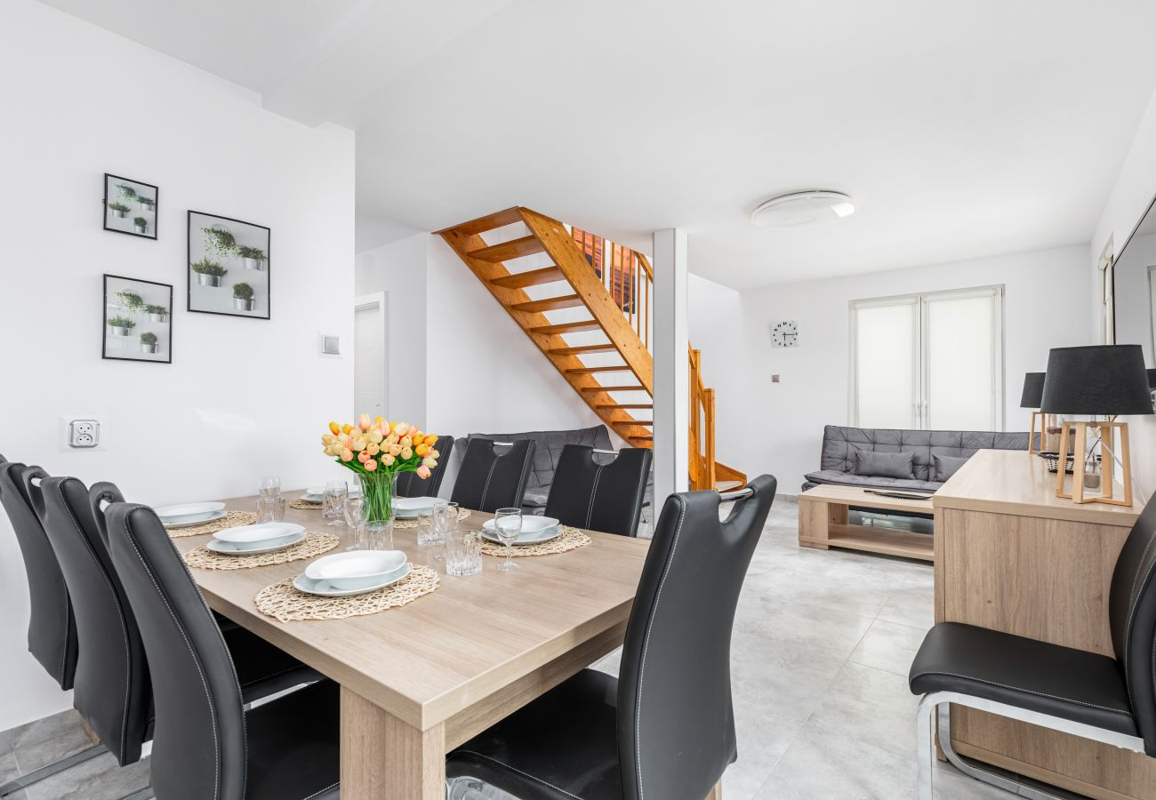 apartment, rent, accomodation, room, sofa, coffee table, stairs, kitchenette