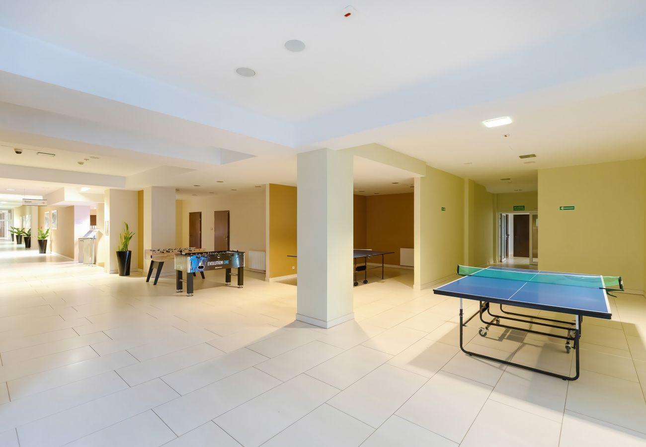 interior, amenities, apartment building, apartment building interior, corridor, lift, cafe, restaurant, playing space, rent