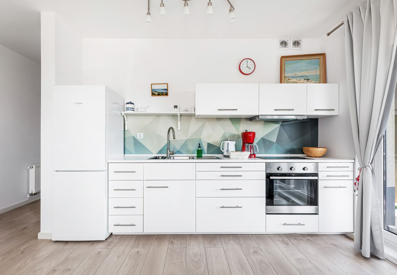 kitchen, kettle, coffee maker, microwave, fridge apartment, rental