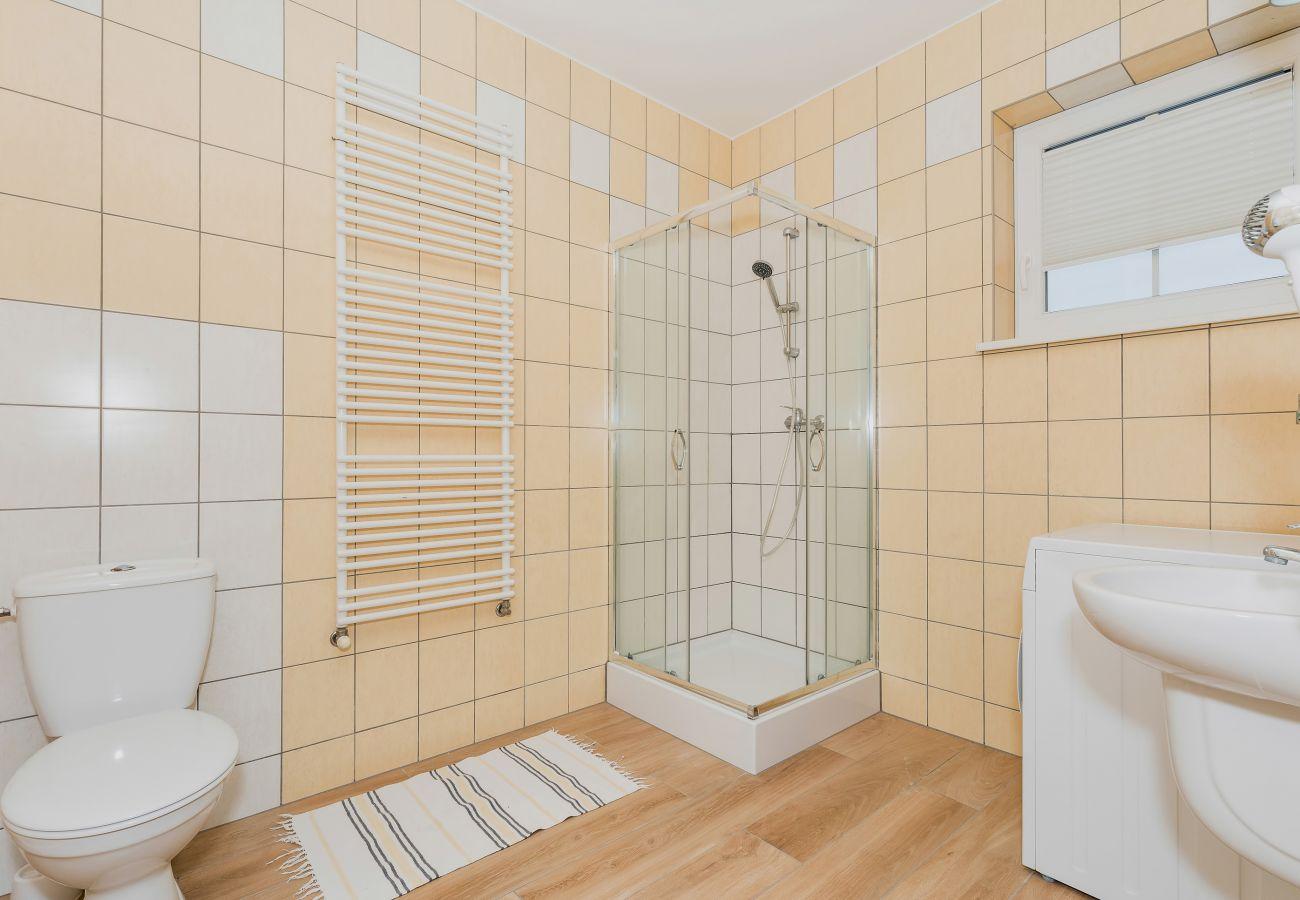 łazienka, prysznic, WC, umywalka, wynajem