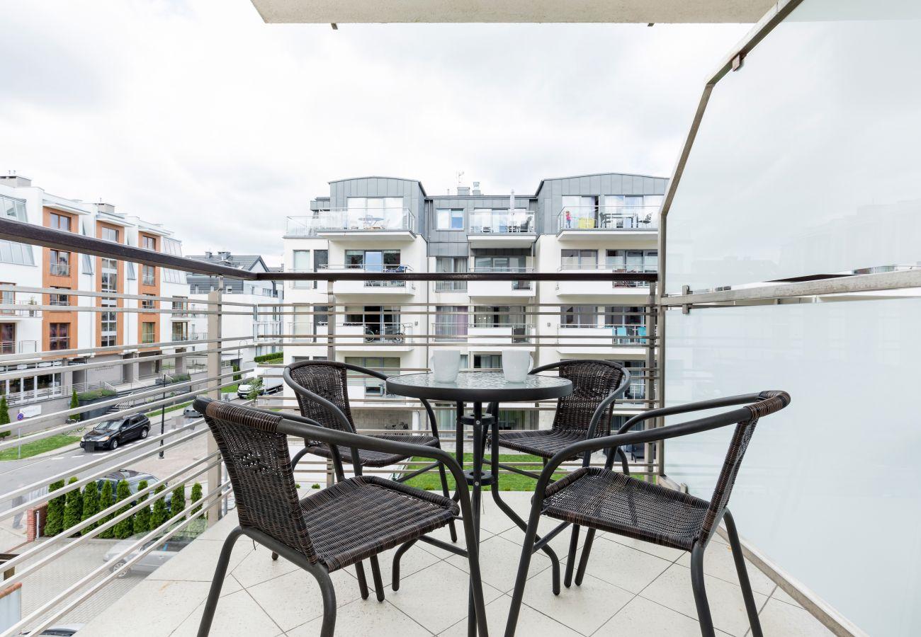 balkon, widok, meble ogrodowe, Villa Mistral, Świnoujście