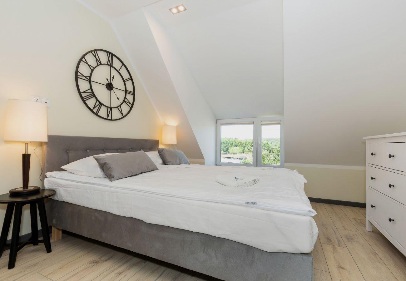 pokój, łóżko, pościel, okno, wynajem