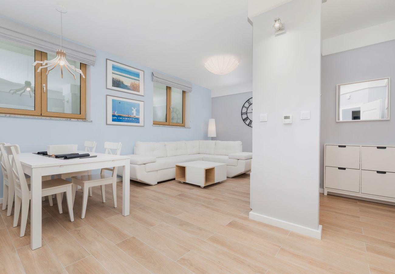 pokój, sofa, krzesła, stół, obraz, wynajem