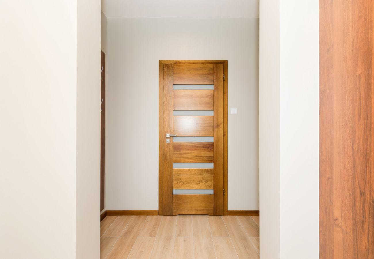 wnętrze, wieszaki, drzwi, wynajem