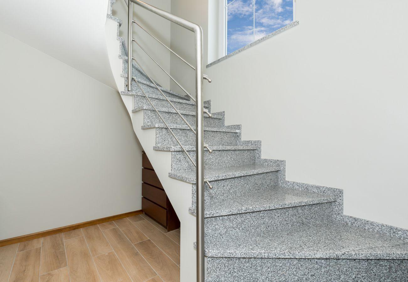 wnętrze, schody, drzwi, wynajem