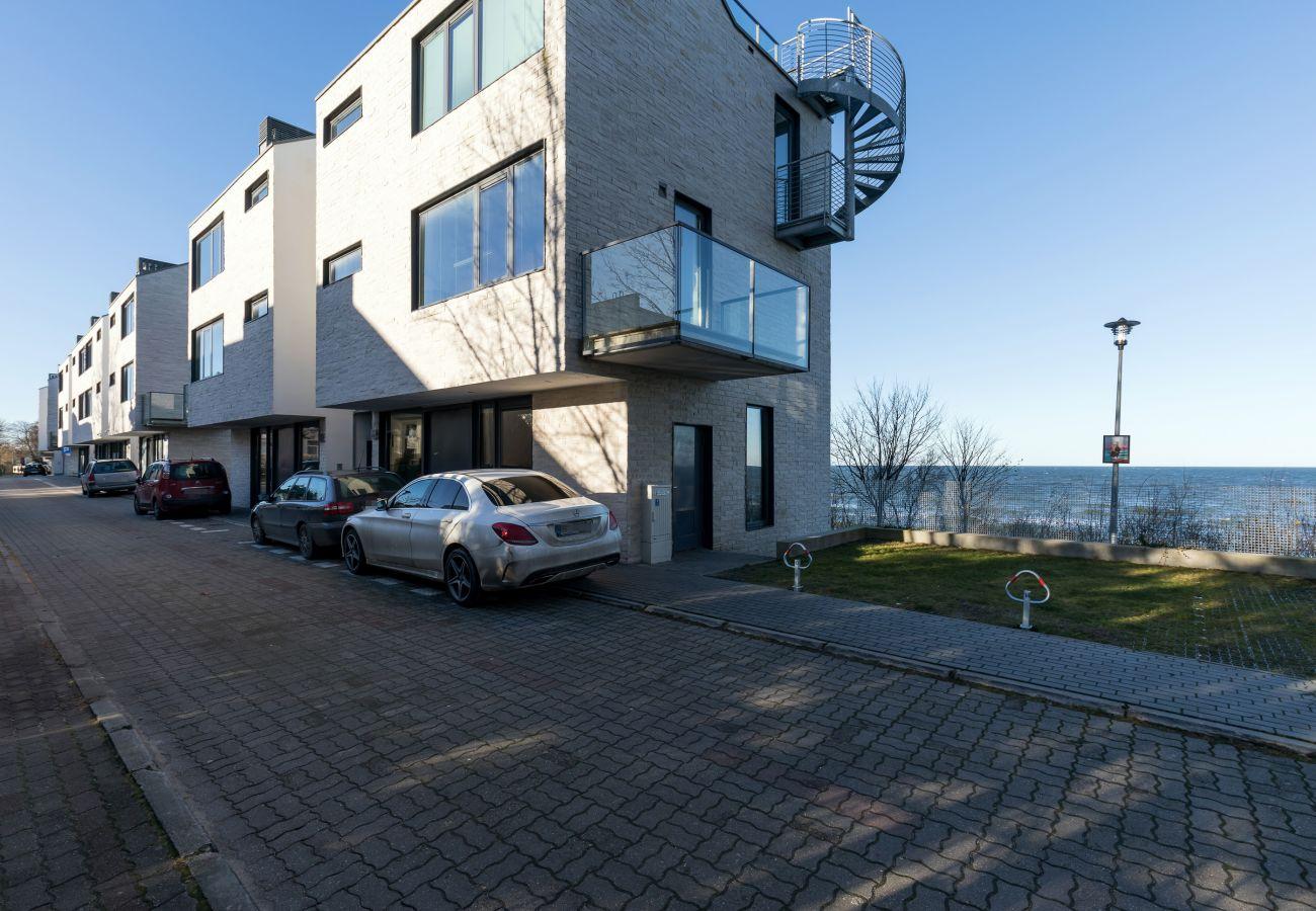 widok z zewnątrz, budynek mieszkalny, na zewnątrz, morze, widok na morze, wynajem
