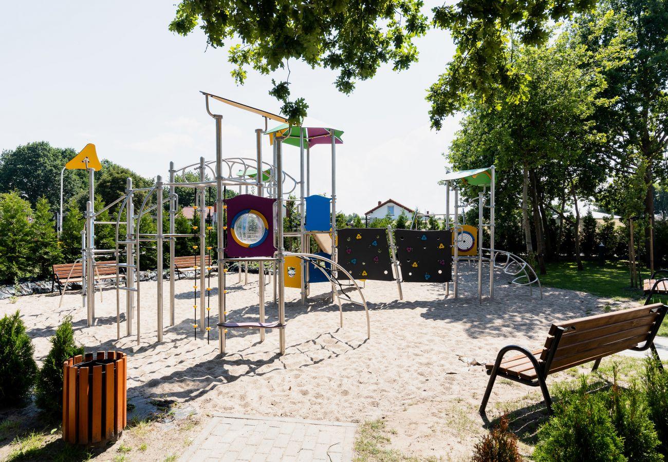 plac zabaw dla dzieci, dzieci, wynajem