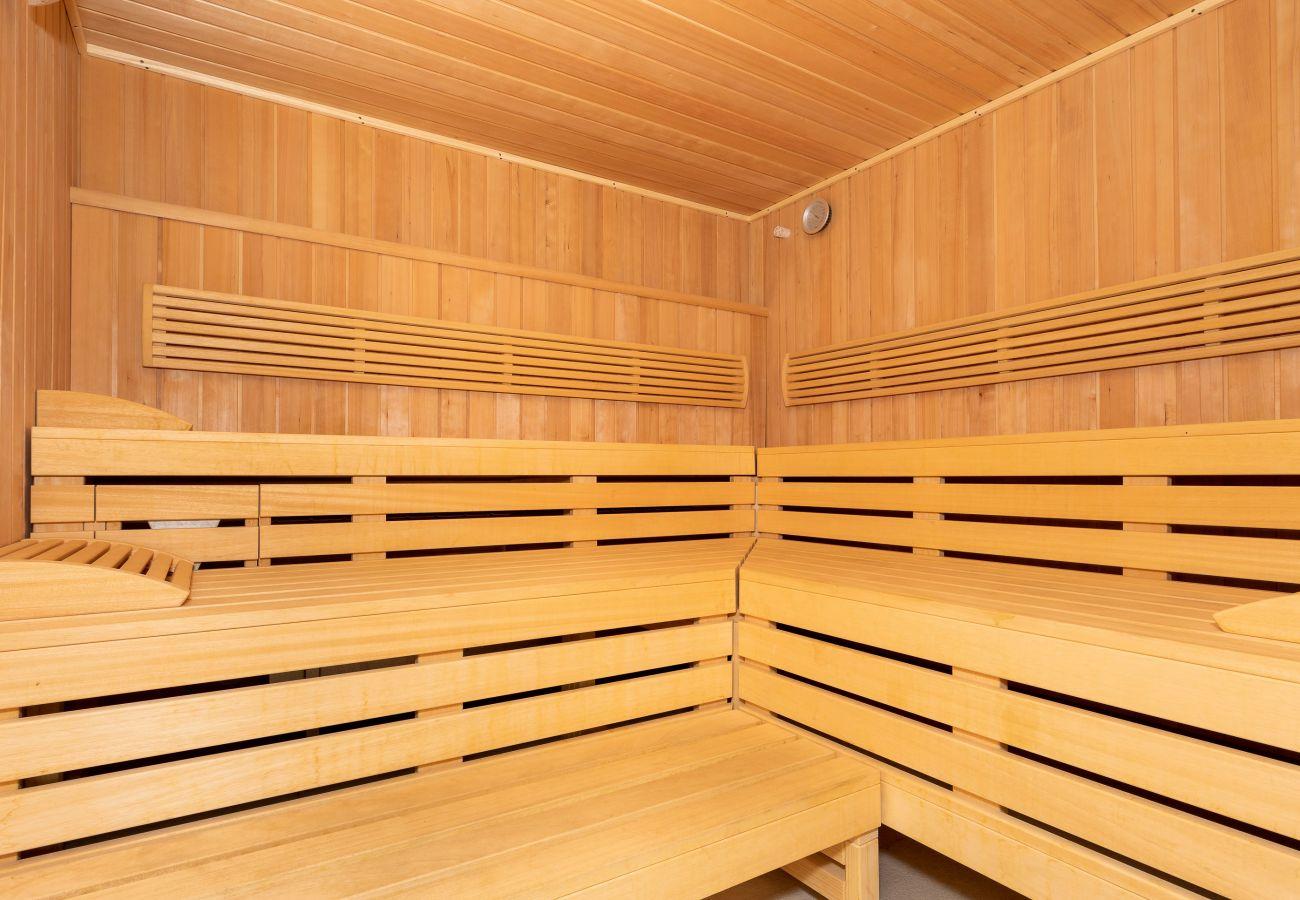 sauna, sauna wewnętrzna, sauna drewniana, wyposażenie, wynajem