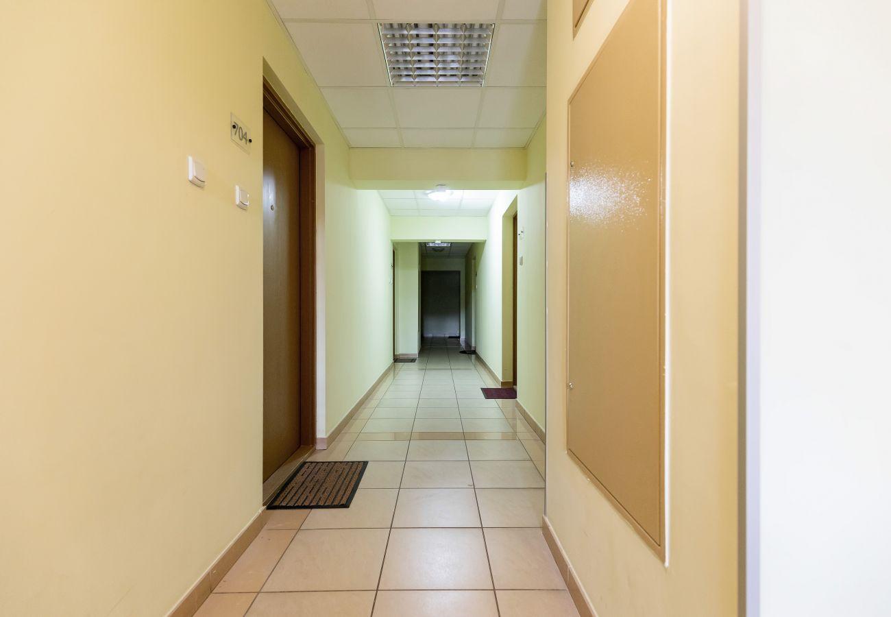 korytarz, wnętrze, miejsce pobytu, budynek mieszkalny, wynajem