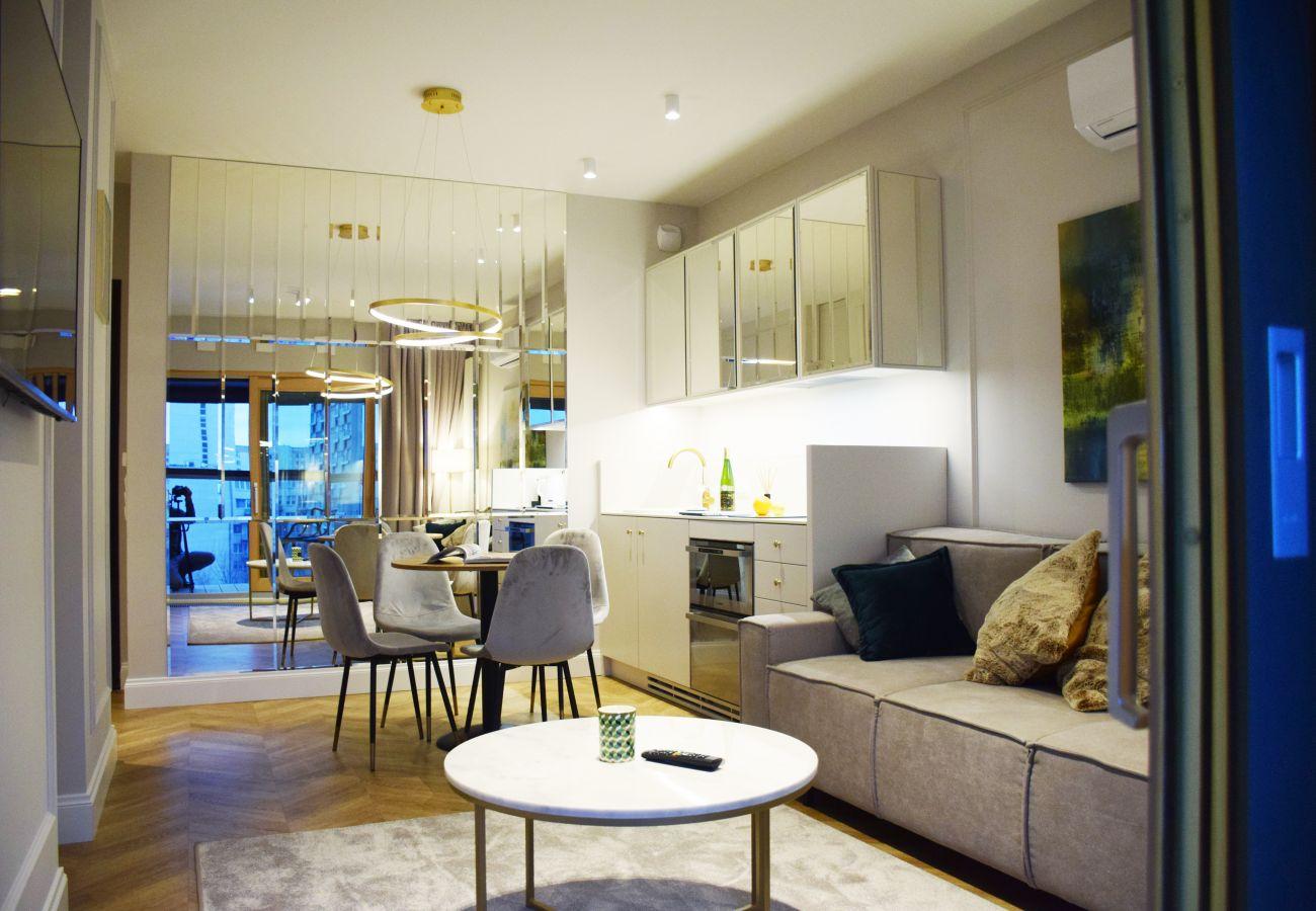 Apartament w Warszawa - Mennica Residence 110 Amethyst