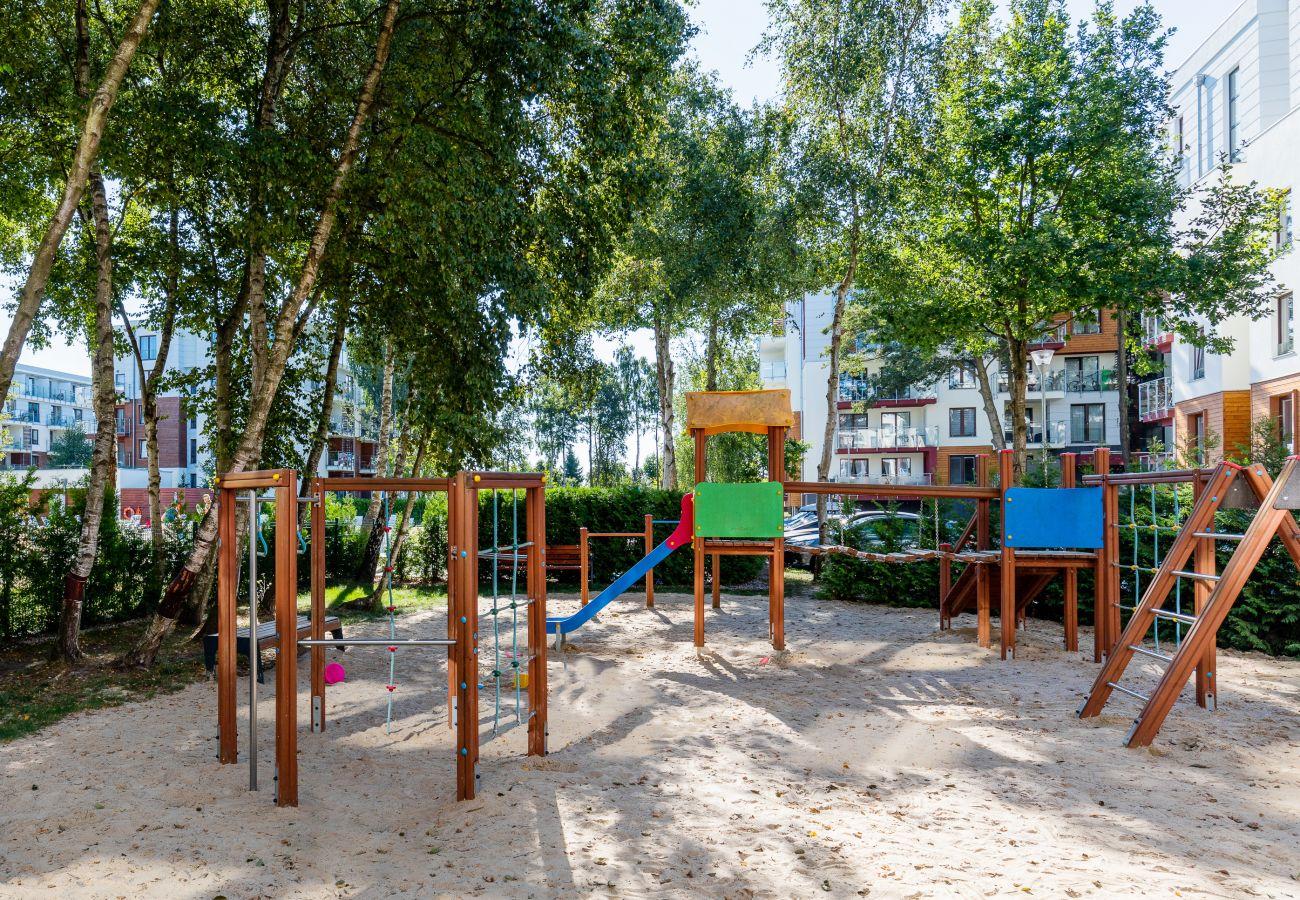 plac zabaw dla dzieci, mieszkanie na zewnątrz, mieszkanie, na zewnątrz, wynajem