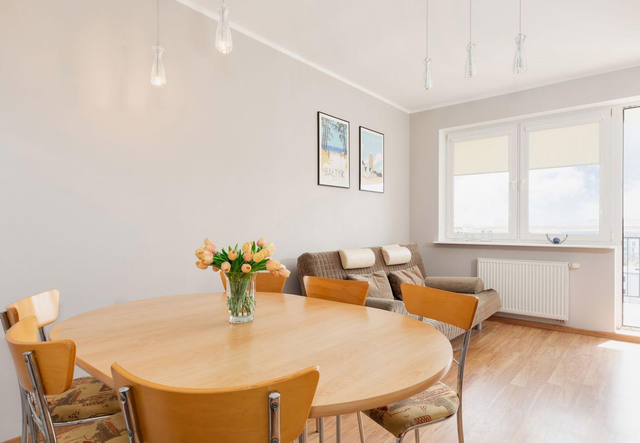 jadalnia, stół, krzesła, mieszkanie, wnętrze, wynajem