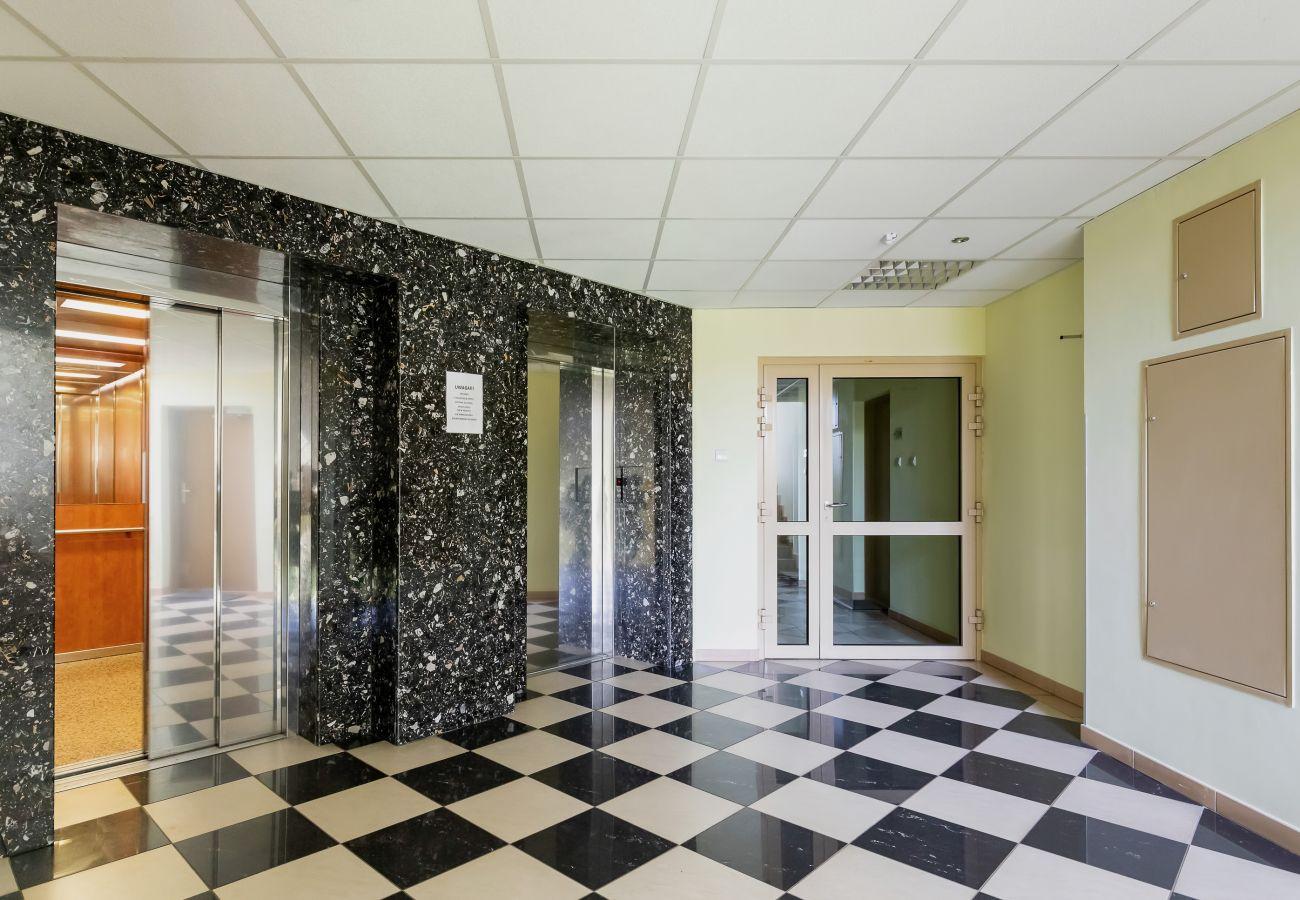 recepcja, wnętrze, apartament, budynek mieszkalny, korytarz, winda, wnętrze budynku mieszkalnego, wynajem