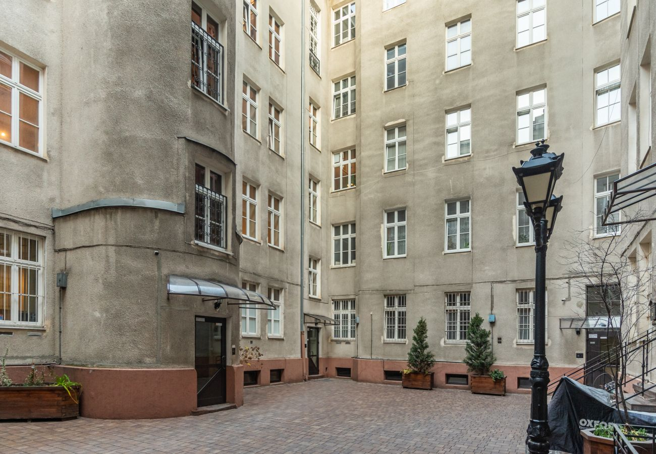 Studio w Warszawa - Al. Jerozolimskie 85/2A