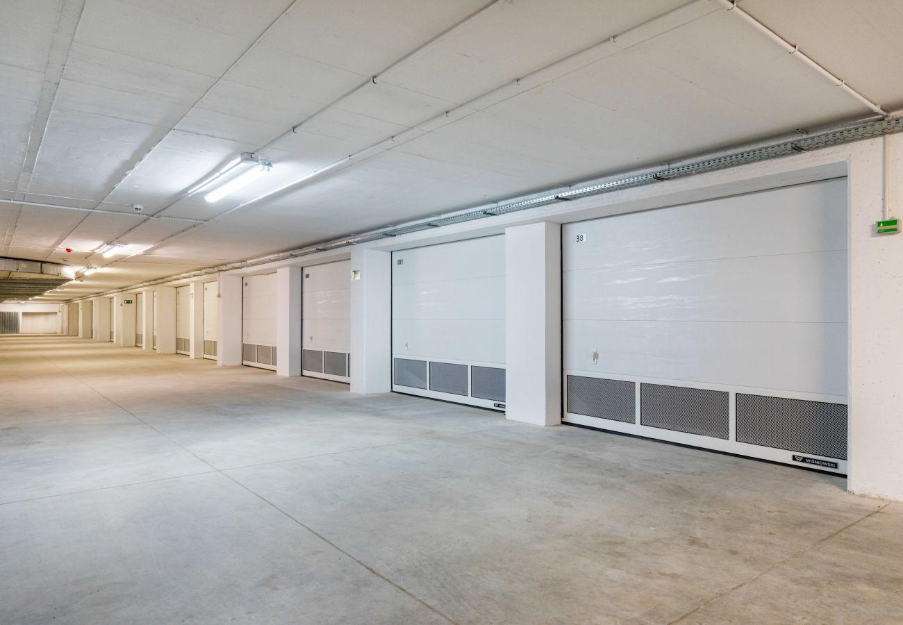 apartament, wynajem, zewnątrz, budynek, garaż, parking, Nadmorskie Tarasy, Kołobrzeg