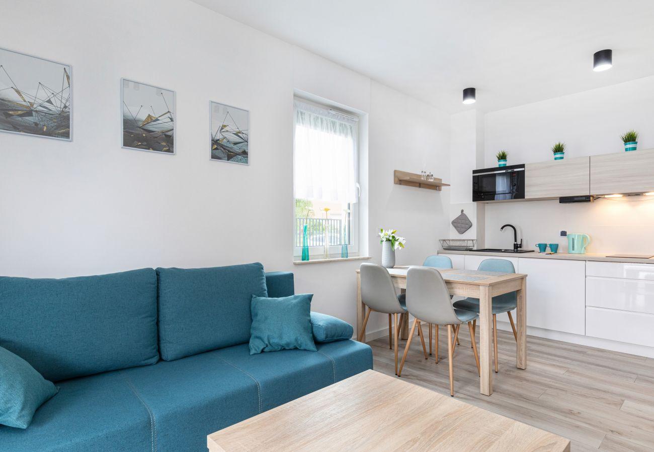 salon, sofa, stolik kawowy, telewizor, stół, krzesła, jadalnia, mieszkanie, wnętrze, wynajem, apartament