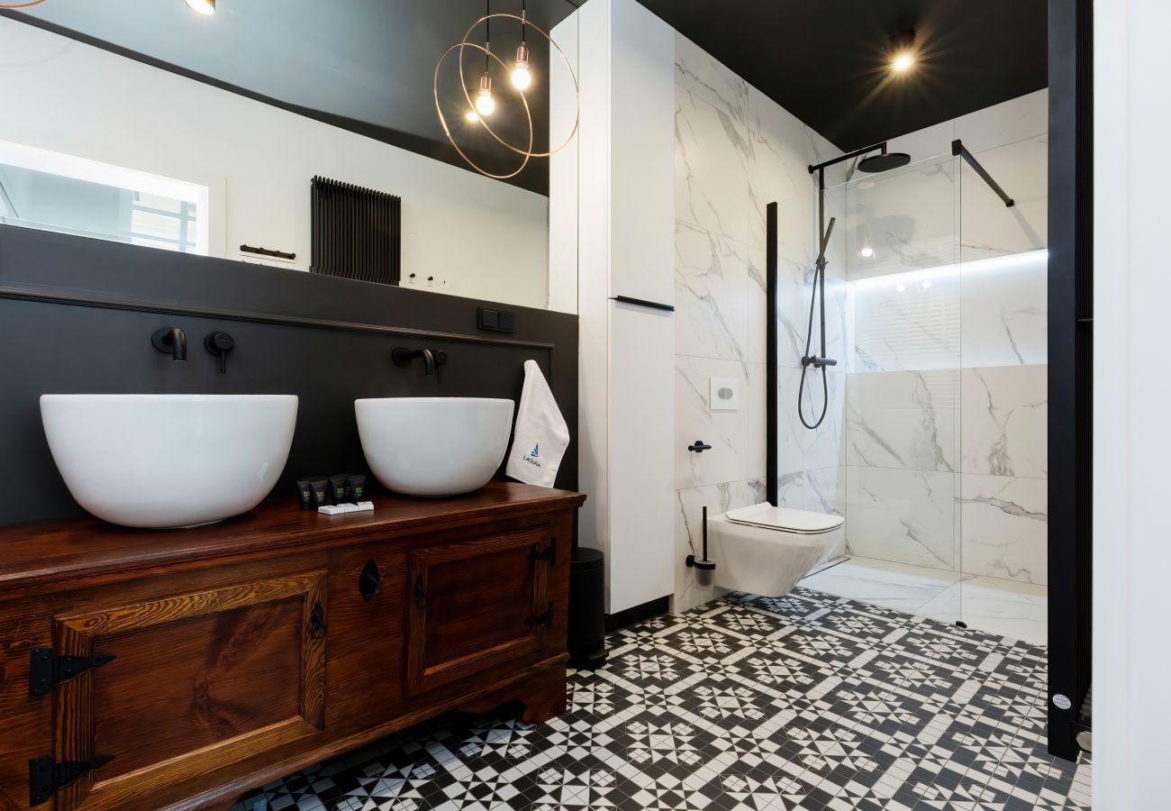 apartament, wynajem, łazienka, prysznic, toaleta, wnętrze