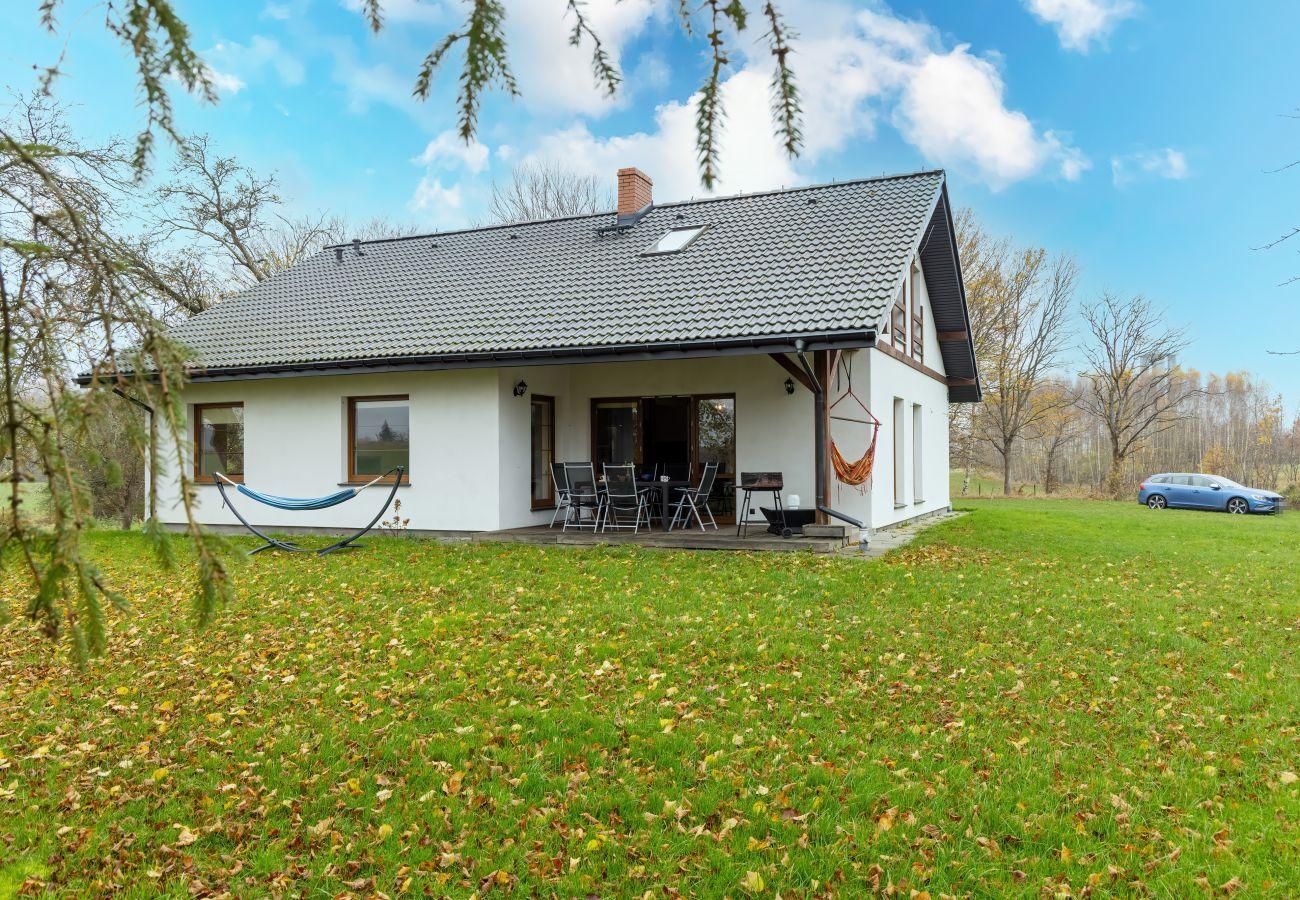 dom wakacyjny, Malechowo 5, budynek, ogród, zewnątrz, grill, Ustronie Morskie, wynajem