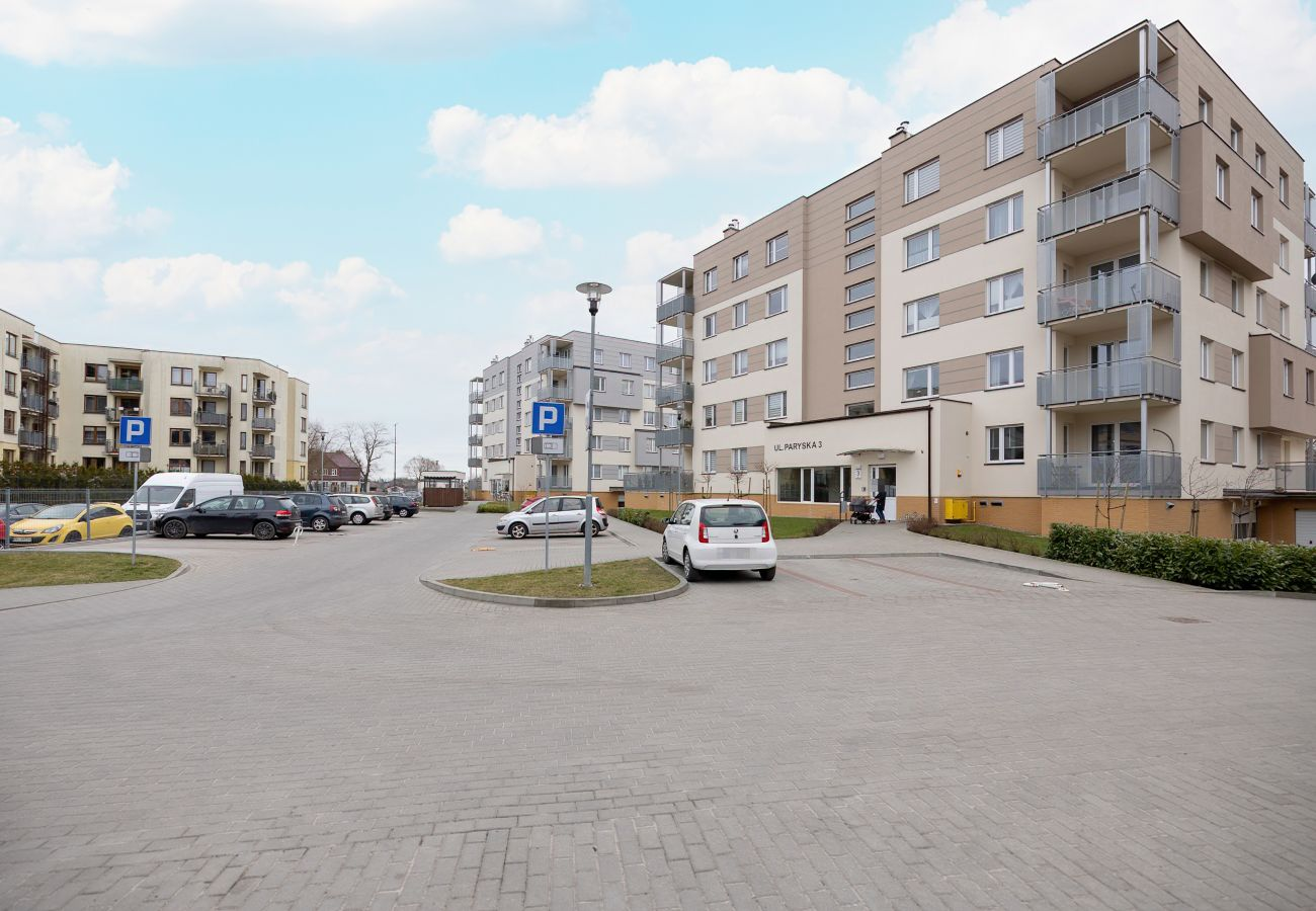 na zewnątrz, mieszkanie, budynek mieszkalny na zewnątrz, wynajem, apartament, Paryska 3, Kołobrzeg